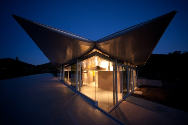 Boing_House_12-600x399