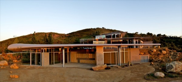 Boing_House_7-600x272
