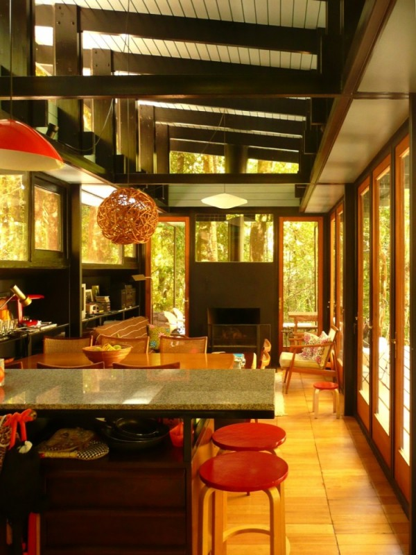 Recycled_Materials_House_16-600x800