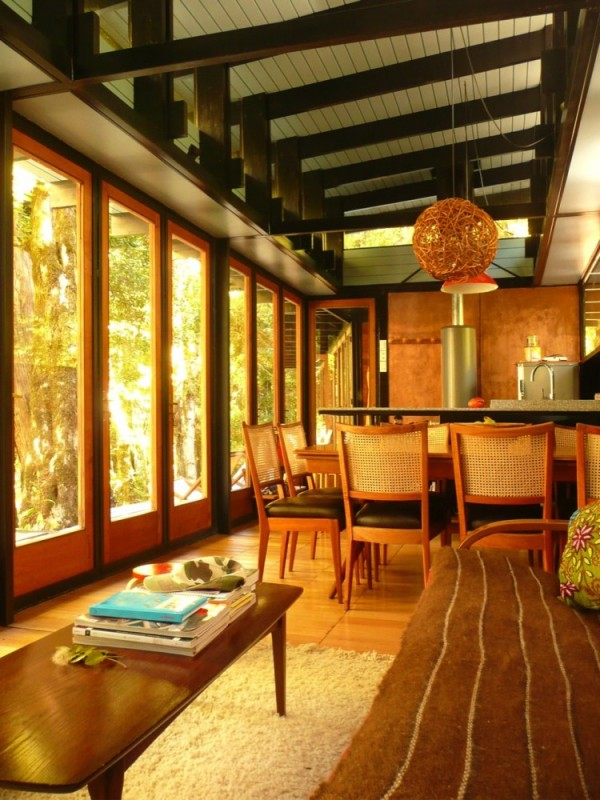 Recycled_Materials_House_17-600x800